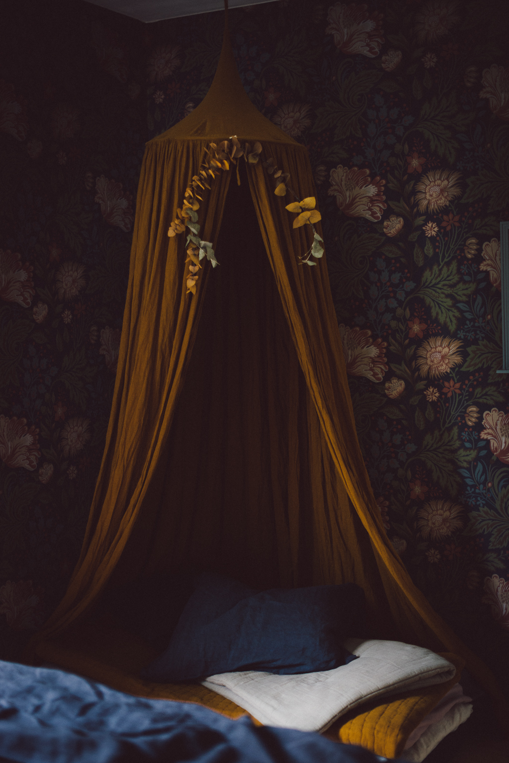 Ava Sandberg by Babes in Boyland